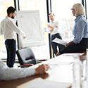 Coraz więcej menedżerów uczy na studiach MBA